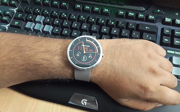 moto-360-wrist
